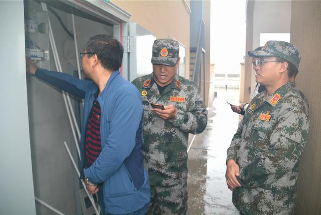 副縣長張清濤親臨現場觀摩指導,于10點準時推啟了預先警報按鈕